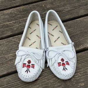 Nwot Minnetonka loafers